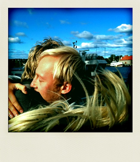 Piet hugging and the blue sky